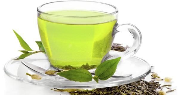5 Reasons Green Tea Keeps You Healthy Naturally